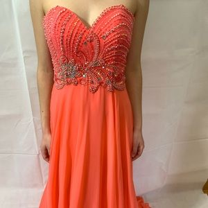 NWT Cache size 2 prom dress coral pink color